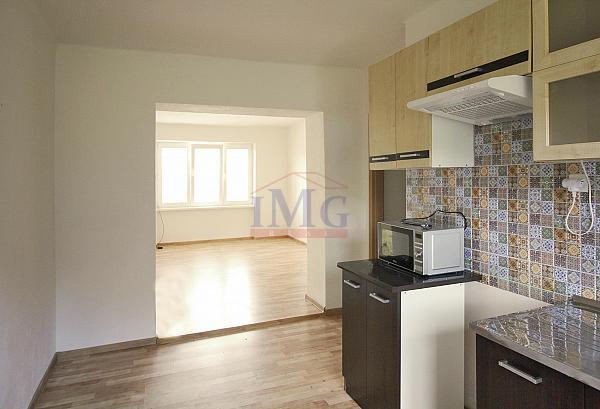 Predám priestranný slnečný 2i byt v Banskej Belej neďaleko Banskej Štiavnice