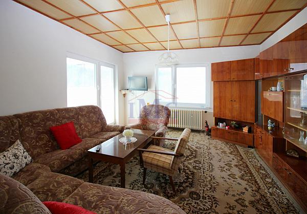 Predám priestranný,slnečný  rodinný dom neďaleko Žarnovica