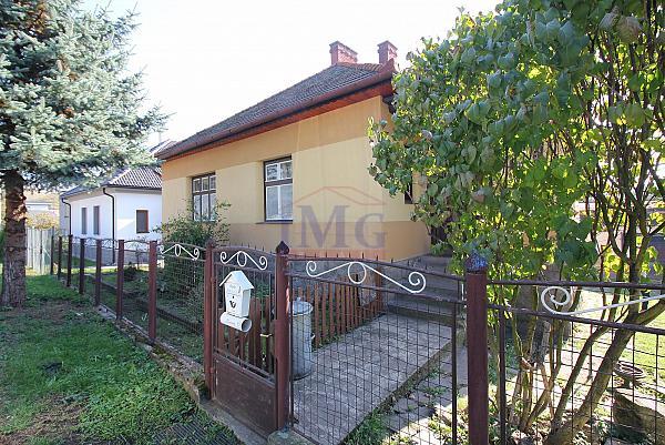 Predám  rodinný dom v Žarnovici na slnečnom pozemku