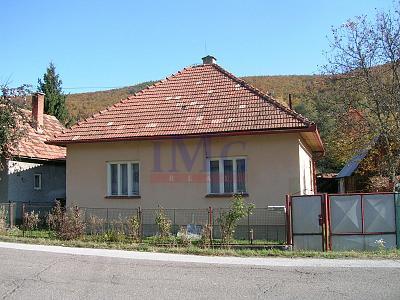 Predáme rodinný dom v Ostrom Grúni